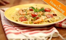 Seafood Spaghetti in Creamy Sauce Recipe 奶油海鲜意大利面食谱