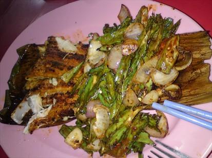 My grilled ikan pari.. Mamamia!